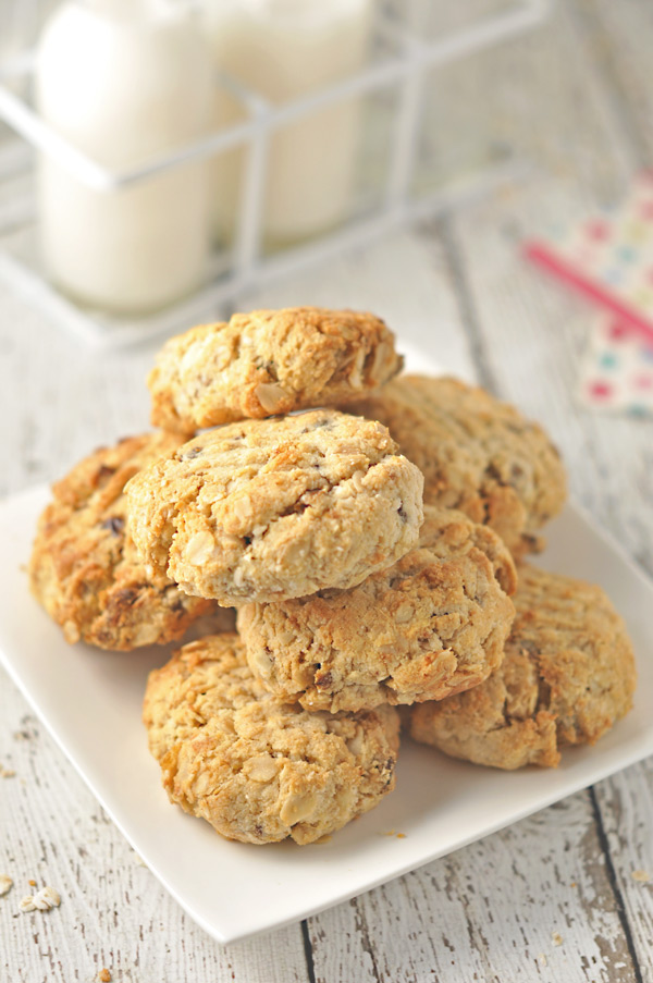 Almond, Date and Coconut Cookies